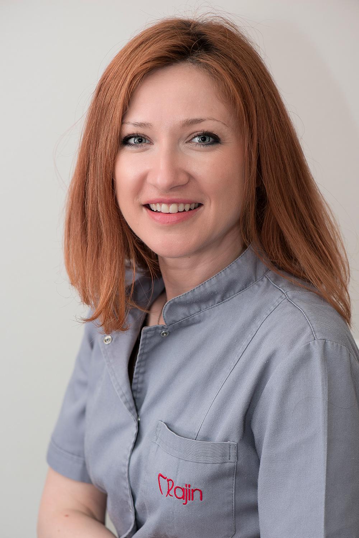 dr Ana Rajin, stomatolog